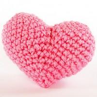 вязанное крючком срдце