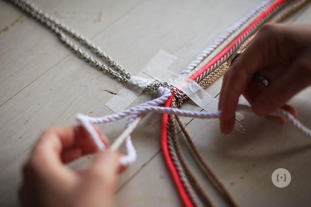 Основные техники макраме в плетении ожерелья